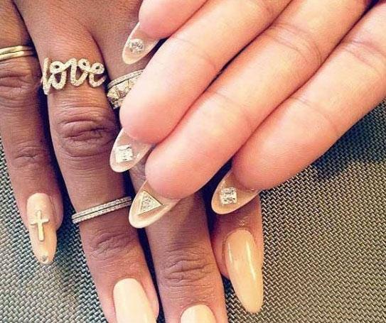 The Latest In Nail Art Flip Manicure Pick N Dazzle