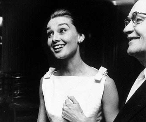 Iconic Of Her Pick Rare Capture Charm Photos N That Audrey Hepburn UMqSzVp